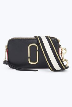 Meet the Snapshot Small Camera Bag from Marc Jacobs, a mini crossbody bag featuring the double J logo and removable straps for a chic clutch option. Marc Jacobs Crossbody Bag, Mini Crossbody Bag, Marc Jacobs Bag, Sunglasses Accessories, Bag Accessories, Marc Jacobs Snapshot Bag, Small Camera, Large Wallet, Black Cross Body Bag