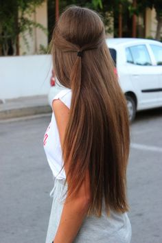 When my hair gets this long I will probably wear it like this a lot. So cute.