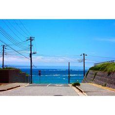 守谷海岸に来てます♪ 坂道を下ってだんだん青い海が見えてくる時のワクワク感がたまらない( ´艸`) #日本#千葉県#勝浦#守谷海岸#海#空#青空#坂道#風景#景色#カメラ好きな人と繋がりたい#写真撮ってる人と繋がりたい#Japan#instaJapan#sea#sky#instasea#instasky#blue#instablue#landscape#landscape_lover#landscape_lovers#scenery#instascenery#team_jp_#phos_japan#lovers_nippon#love#favorite 2016/06/17 14:29:58