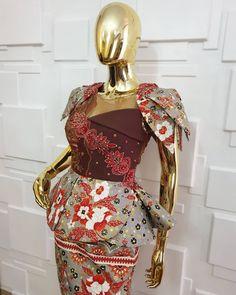 Unique Ankara Styles, Ankara Styles For Women, Ankara Skirt And Blouse, Ankara Dress, Barbie Sewing Patterns, Dress Patterns, African Print Fashion, Africa Fashion, Batik Dress