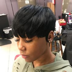 Today we have the most stylish 86 Cute Short Pixie Haircuts. We claim that you have never seen such elegant and eye-catching short hairstyles before. Pixie haircut, of course, offers a lot of options for the hair of the ladies'… Continue Reading → Short Weave Hairstyles, Black Women Short Hairstyles, Popular Short Hairstyles, Short Pixie Haircuts, Popular Haircuts, African Hairstyles, Cool Hairstyles, Hairstyles 2018, Hairstyle Ideas