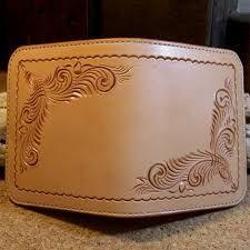 女性に人気のハートの可愛い二つ折り革財布(HW-02) ile ilgili görsel sonucu