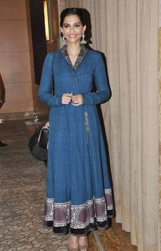 Khoobsurat Actress Sonam Kapoor in Blue Anarkali Dress by Anju ModiBollywood beauty Sonam Kapoor was spotted at World Compassion Day held in Mumbai. Special guest was Tibetan spiritual leaderDalai...