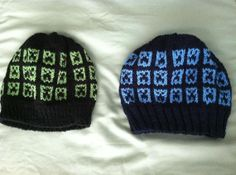 Minecraft Creepers by ConnellaCreations on Etsy, Knit, but could crochet one similar.