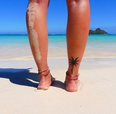 15 tattoos à l'esprit plage pour rendre vos vacances inoubliables @sofialennermo