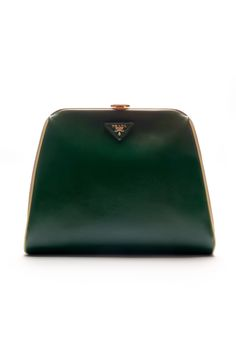 #Batchwholesale com  2013 latest Prada handbags online outlet, discount GUCCI purses online collection, free shipping cheap Prada handbags