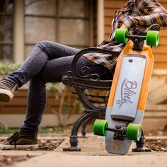 Due to popular demand, our first two batches are all sold out. Pre-order now to secure an April shipment. Limited availability.College Must Have. The ACTON Blink S is nimble and quick. Its compact design makes this electric skateboard easy to strap to a bag or store in small spaces. Every BLINK S is outfitted with a powerful hub motor, premium components, and leading technologies making this the perfect e-board for riders of all ages and skill levels. Speed: 15 MPHRange: 7 MilesIncline…