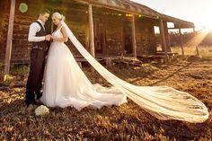 Wedding veil, simple veil, soft veil, raw edge veil, one tier veil, ivory veil, fingertip veil, waltz veil, chapel veil, cathedral veil by MadameTulle on Etsy https://www.etsy.com/listing/187342000/wedding-veil-simple-veil-soft-veil-raw