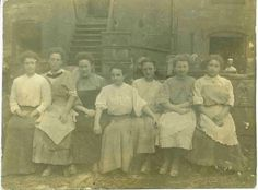 Pottery workers at East Liverpool, Ohio, U.S.A. Many pottery workers from Staffordshire emigrated to East Liverpool in the mid 19th century, to use their expertise in the industry. East Liverpool became well known for its pottery manufacture.