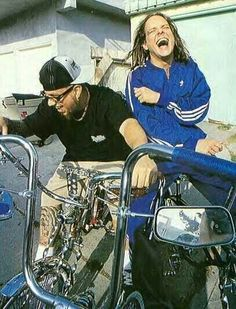 Cute pictures of Jonathan Davis Nu Metal, Heavy Metal, Metal Bands, Rock Bands, Jonathan Davis, Fall From Grace, Thrash Metal, Korn, Metalhead