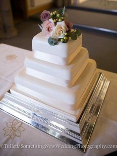 wedding cake square real flowers - Google Search