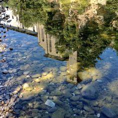 .... come Narciso, Cividale del Friuli rispecchia le sue bellezze antiche nelle fresche acque del Natisone  #cividale - foto di Paolo Zuliani @pauligurize