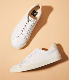We're styling our fav Lou & Grey pieces — all fit for crazy busy mornings, when brains aren't ready to function, let alone put together outfits. (Hint: wear w/ sneakers) Veja Sneakers, White Sneakers, Leather Sneakers, Veja Esplar, Sneaker Outfits Women, Travel Clothes Women, All About Shoes, Grey Outfit, Dress With Sneakers