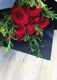 Romantic Red Roses, with lush green foliage in our Simply Stunning wrap. Lush Green, Simply Beautiful, Red Roses, Christmas Wreaths, Valentines, Romantic, Holiday Decor, Valentine's Day Diy, Romantic Things