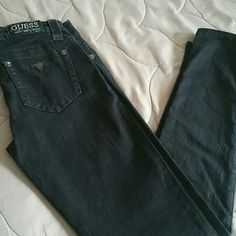 Black Skinny Guess jeans. Great Condition like new Guess Jeans