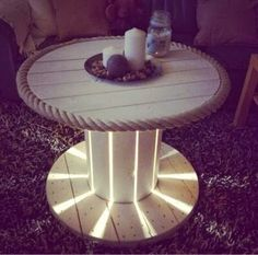 × - Wooden table to make yourself - holz tisch - Design Rattan Furniture Wooden Table Diy, Wooden Spool Tables, Wooden Cable Reel, Wooden Cable Spools, Diy Cable Spool Table, Cable Spool Ideas, Spool Crafts, Diy Pallet Furniture, Wood Spool Furniture