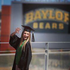 Perfect shot for a Baylor senior's graduation shoot.