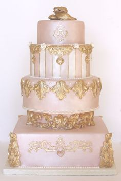 Pink, Pearl & Gold Wedding Cake - I loved the cake but the top IMHO is horrible Wedding Cake Pearls, Indian Wedding Cakes, Round Wedding Cakes, Gold Wedding, Indian Weddings, Cake Wedding, Purple Wedding, Beautiful Wedding Cakes, Gorgeous Cakes