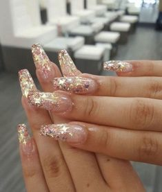 Amazing Glitter Acrylic Nail Art Designs for Holiday Parties winter glitter nails; new year nails; Prom Nails, Long Nails, Short Nails, Glitter Wedding Nails, Cute Acrylic Nails, Cute Nails, Acrylic Nails For Summer Glitter, Clear Nails With Glitter, Summer Stiletto Nails