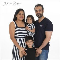 Asian family portrait photographers