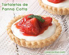 Tartaletas de panna cotta y compota de fresas