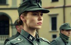 This Waffen-SS Girl : Hawtschwitz