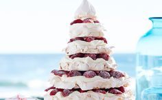 Julie Goodwin& meringue christmas tree recipe - By Australian Women& Weekly, Get creative this festive season with Julie Goodwin& marvelous meringue Christmas tree! Tastes as good as it looks! The perfect dessert for Christmas Day. Christmas Tree Food, Aussie Christmas, Christmas Lunch, Xmas Food, Christmas Cooking, Christmas Desserts, Christmas Treats, Christmas Pavlova, Christmas Recipes