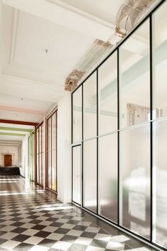 De Vylder Vinck Taillieu - Offices for Famous, Groot-Bijgaarden 2015. photos © Filip Dujardin, Frederik Vercruysse.