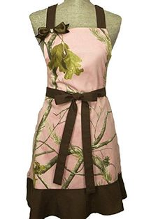 Realtree Ruffle Apron Womens Bling Pink & Camouflage Country Camo Apron (One Size Fits Most, Realtree Pink & Brown Accent) Realtree http://www.amazon.com/dp/B00FHSOVYQ/ref=cm_sw_r_pi_dp_R7b6ub1K4PBFA