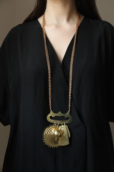Juliet Necklace by Sian Evans for Borgo de Nor available now at www.sejewellery.com Gold Necklace, Pendant Necklace, Brass Chain, Jewels, Evans, Projects, Log Projects, Gold Pendant Necklace, Blue Prints