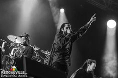 Damian Marley (vocals) & Shiah Coore on bass