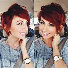 Réaliser une coupe courte nécessite beaucoup de courage et les femmes ont l'habitude de prendre beaucoup de temps avant de franchir ce pas ! Maintenant les coupes courtes chic ou garçonne,sont devenues de plus en plus fréquentes,les femmes qui osent les coiffures courtes sont devenues de plus en…