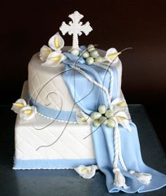 Hi Elci I love this one for landins first communion but with three layers.