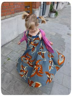 Jo sews: Twirly maxi popover sundress hack (+tutorial!) (circle skirt using chest measurement. Also uses free pattern dnld.)