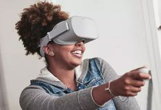 Oculus Go Review There is a really good foundation here for an excellent VR experience, with great movement tracking and a good display, but the Oculus Move doesn't really possess itself a killer app at launch.   #oculus #oculusgo #oculusgoreview #vr #oculusgovr