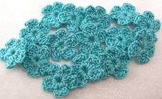 Aqua Crochet Flower AppliquesSet of 15 by FineThreads on Etsy