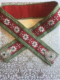 Hardangerbeltet mitt. Har designet mønsteret selv. Crochet Bedspread, Friendship Bracelets, Jewelry, Jewlery, Jewerly, Schmuck, Jewels, Jewelery, Fine Jewelry