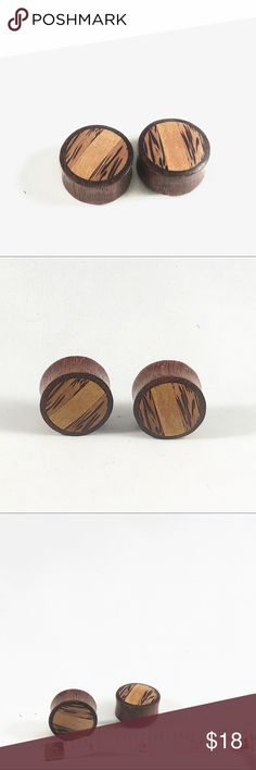 """Natural Teak Wood Plugs/Gauges Size 1"""" New item! Hand crafted! A pair of All natural teak wood ear plugs/ear gauges. Size 1"""". Space City Jewels Jewelry Earrings"""