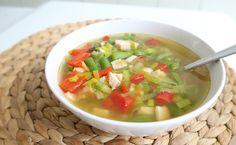 Lekkere koolhydraatarme groentesoep die je zo op tafel tovert.