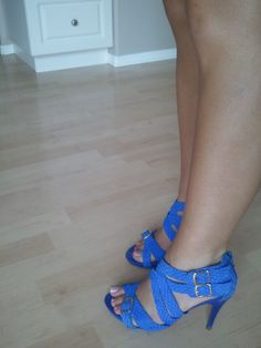 Electric Blue Heels - Westies by Nine West = Be Fashionably Early