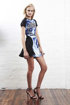 Sara Phillips Resort 2013 gallery - Vogue Australia