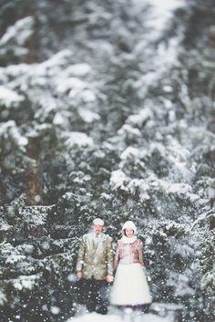 Snowy Swiss Alps wedding: http://www.stylemepretty.com/destination-weddings/2015/01/21/intimate-skiing-wedding-in-murren-switzerland/   Photography: Stefan Hellberg - stefanhellberg.com