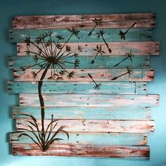 We feel glad in showing the different ideas of a single thing, so now here is another idea for recycled wood pallet wall art. Half of the pallets are painted while the others are used as they were; black paint is used for the drawing which is making it lo Diy Pallet Sofa, Pallet Wall Art, Wood Pallet Furniture, Diy Wall Art, Diy Wall Decor, Kitchen Furniture, Pallet Projects Signs, Wood Pallet Signs, Wood Pallets