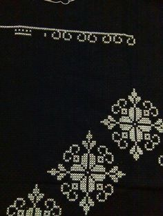 This Pin was discovered by Naz Cross Stitching, Cross Stitch Embroidery, Hand Embroidery, Cross Stitch Patterns, Machine Embroidery Designs, Embroidery Patterns, Cross Stitch Numbers, Palestinian Embroidery, Knitting Charts
