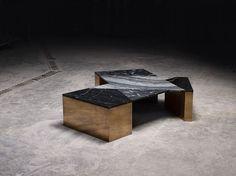 Brian Thoreen, Coffeetable aus schwarzem und weißem Marmor.