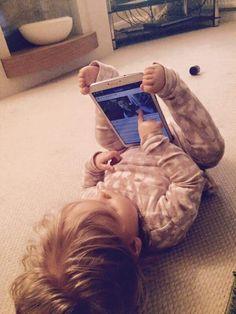 Comment tenir la tablette