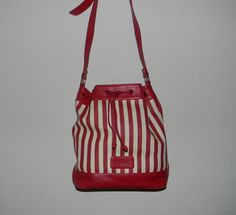 Vintage bucket bag Adrienne Vittadini duffle bag by FeliceSereno, $35.00