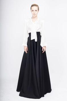 Fusta ampla tafta Black Tie, My Wardrobe, Cool Outfits, Designers, Take That, Clothing, Vintage, Beautiful, Dresses