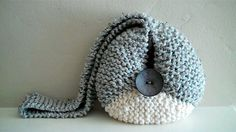 Items similar to The Zingara Sling in Gray/Creme on Etsy Custom Makeup Bags, Love My Makeup, Trolley Bags, Chunky Wool, Fabric Remnants, Hand Knitting, Crochet Hats, Trending Outfits, Grey