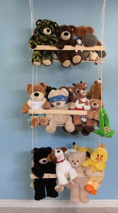 15 storage ideas for stuffed animals to organize the children's room in an entertaining way - wall design ideas Kids Bedroom Organization, Diy Organization, Diy Gifts Last Minute, Diy Clothes Organiser, Stuffed Animal Storage, Stuffed Animals, Diy Storage, Storage Ideas, Shoe Storage